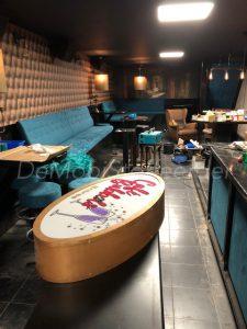 Bekleden barkrukken en panelen Cafe Bak te Heerenveen3