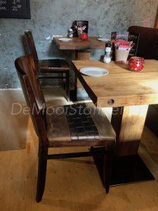 Herbekleden stoelen cafè Gusto1