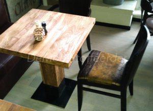 Herbekleden stoelen cafè Gusto3