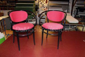 Herstofferen stoelen1